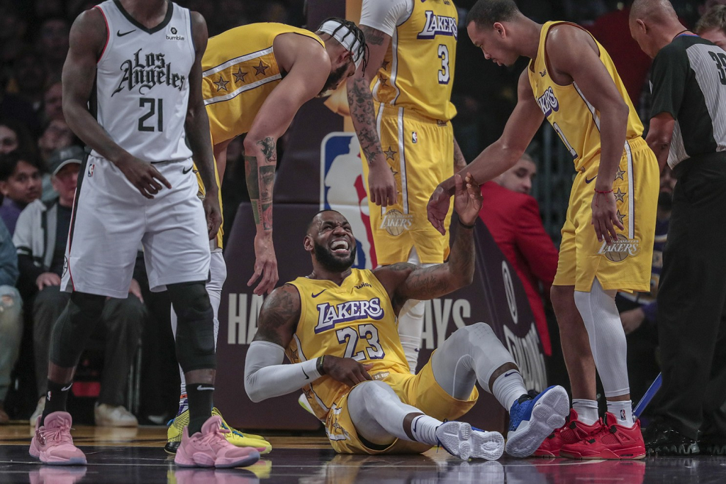 LeBron James Injury