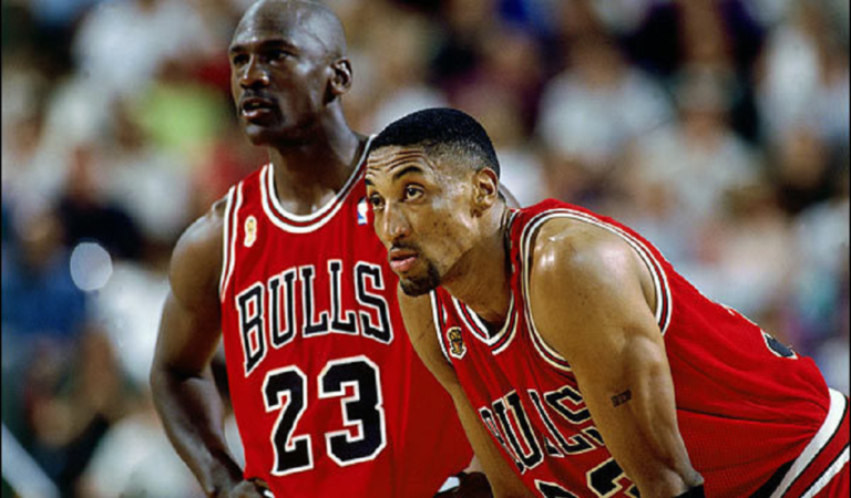 Illinois Basketball: The Best Players in Chicago Bulls History